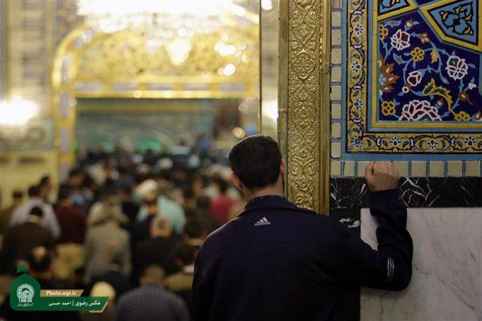 Islam, conversión al Islam, santuario del Imam Rida