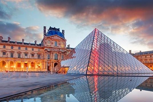 Francia, Museo del Louvre