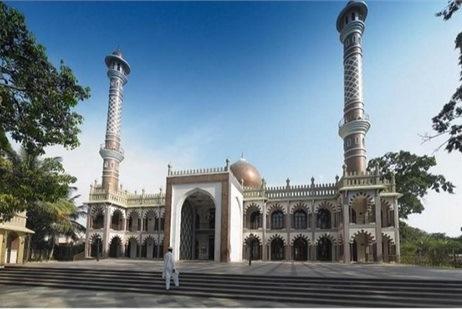 Un ciudadano sij ayuda a musulmanes a construir mezquita en India