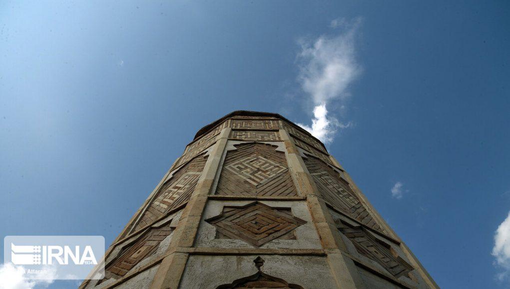 mezquita Yame , Darab